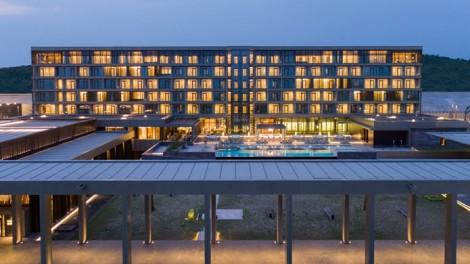 Kintele-grand-hotel-2020